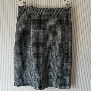 Talbots Houndstooth Skirt